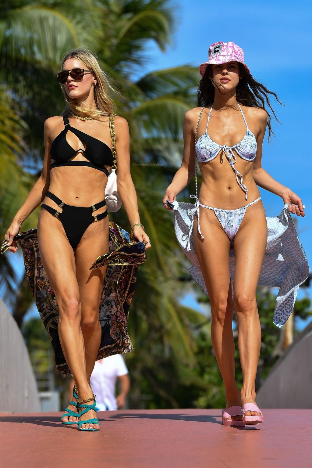 Joy Corrigan Shows Off Her Sexy Body During a Shoot with Her Sister in Miami Beach (92 Photos)