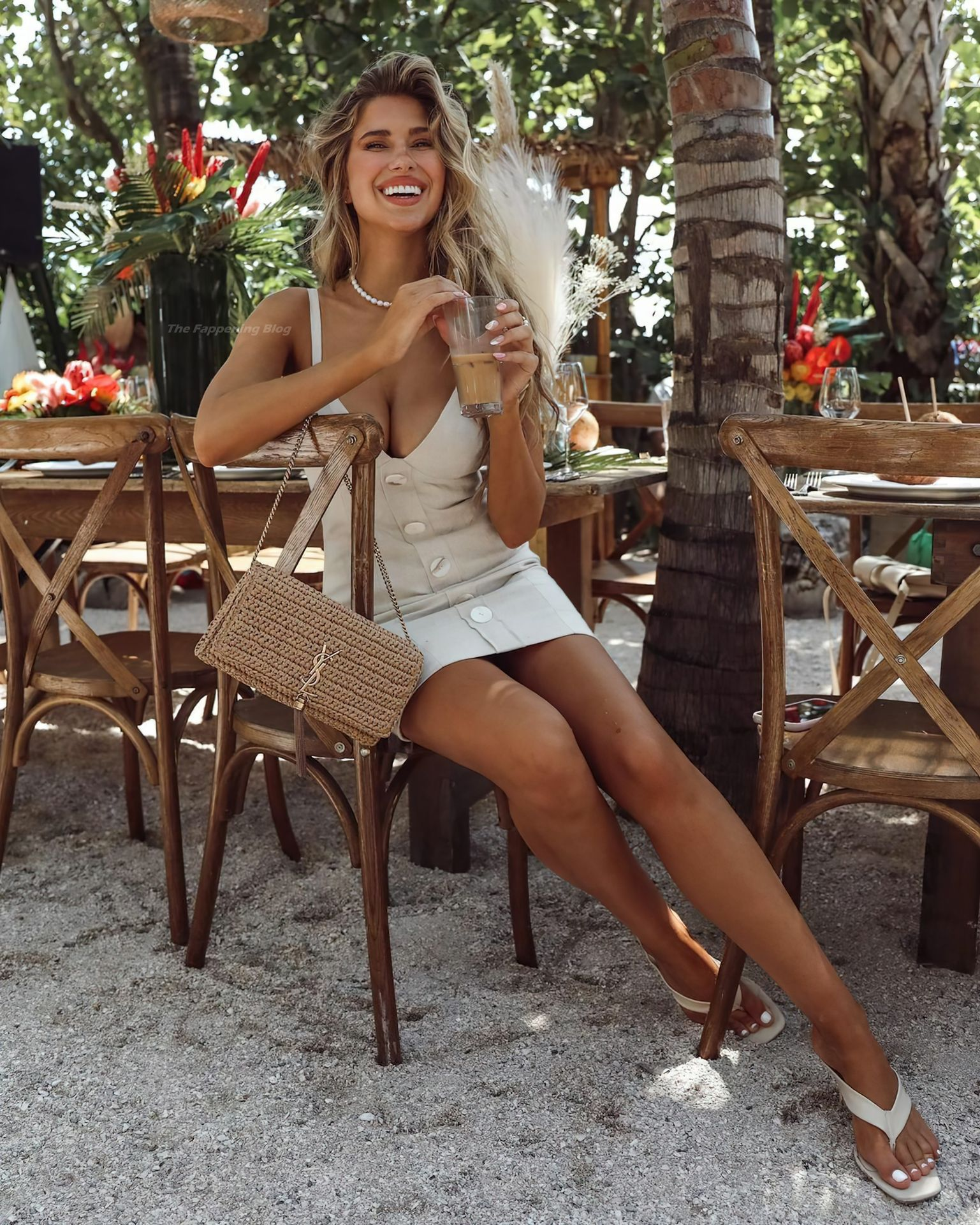 Kara-Del-Toro-Gorgeous-Boobs-2thefappeningblog.com_.jpg