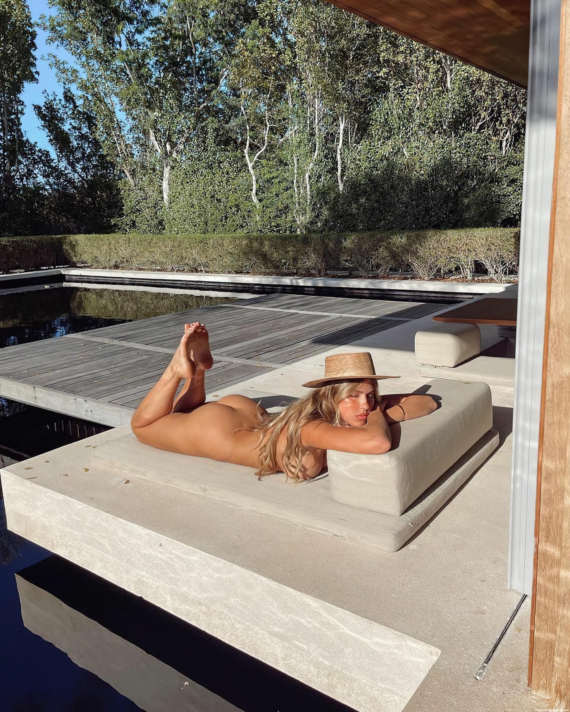 Kara-Del-Toro-Naked-1-thefappeningblog.com_.jpg
