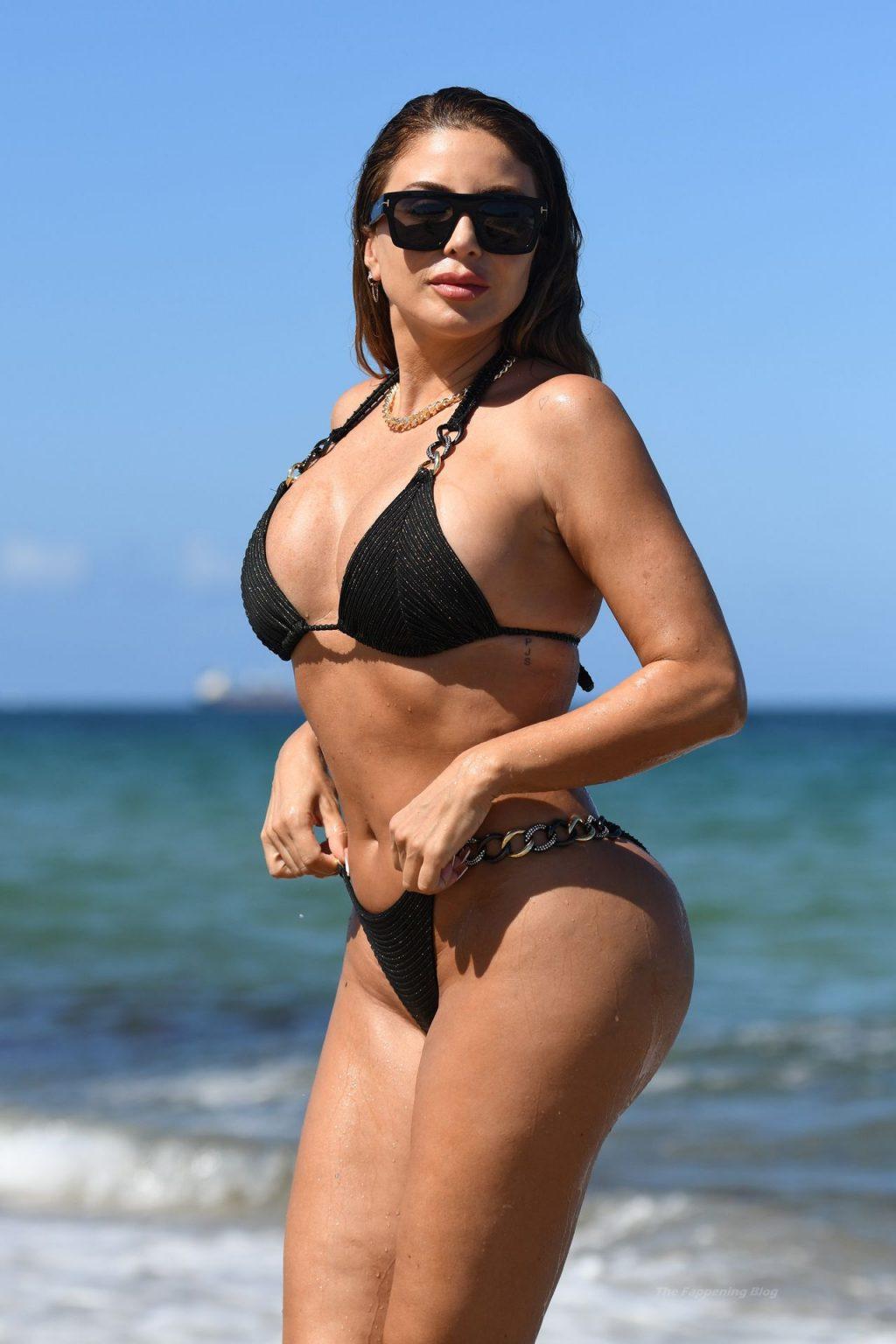 Curvy Larsa Pippen Hits the Beach in Miami (8 Photos)