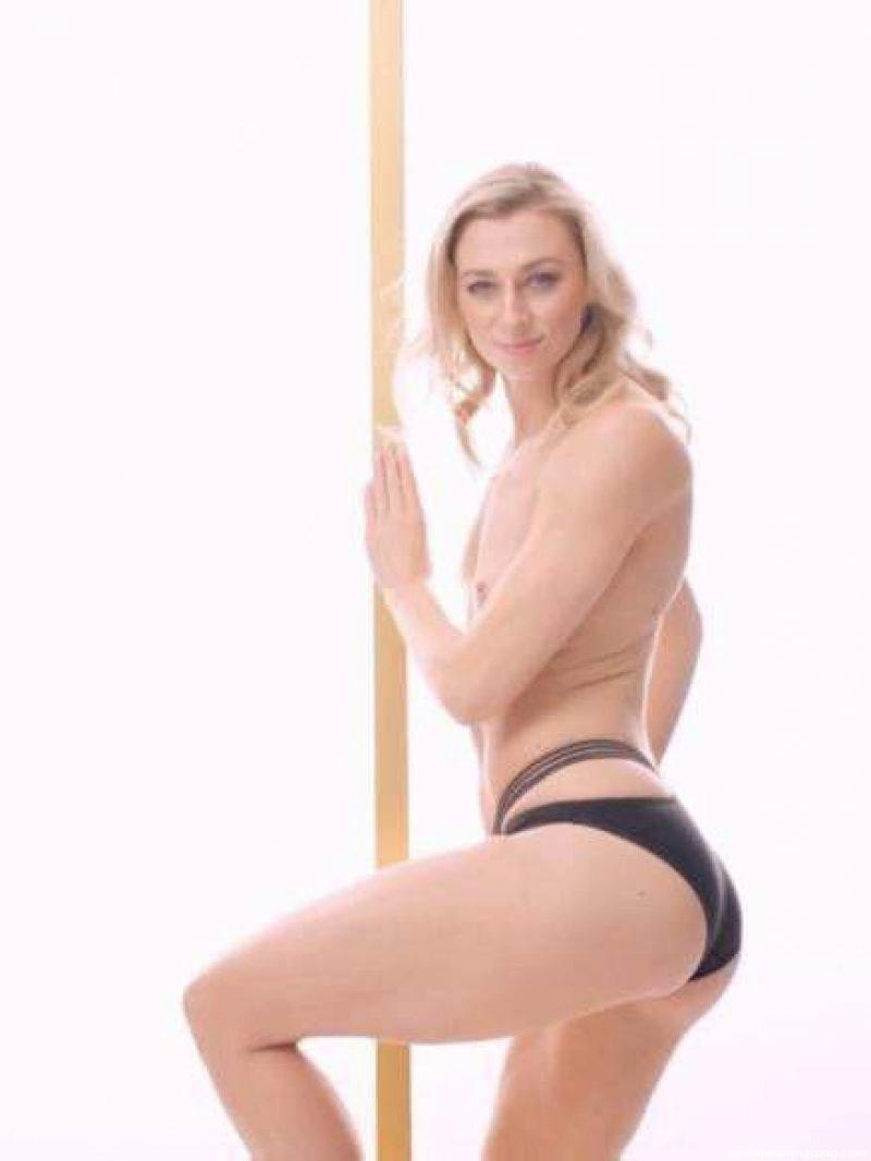 Ryzih nackt Lisa  Playboy: Die