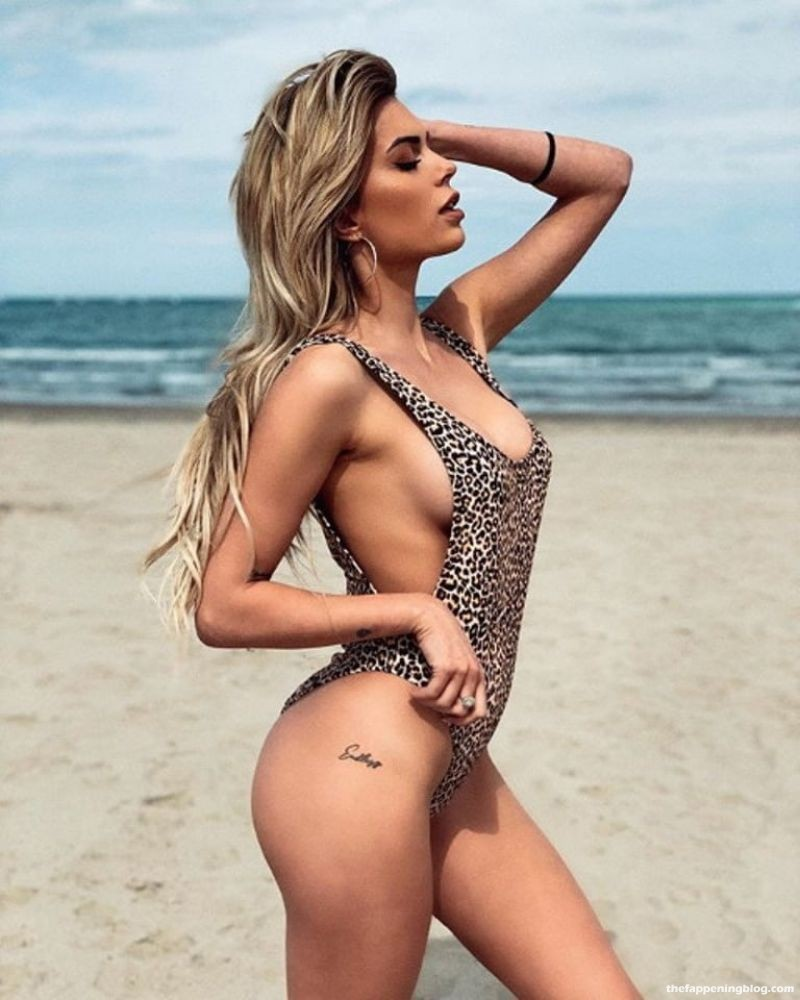 Ludovica Pagani Nude & Sexy Collection (36 Photos)