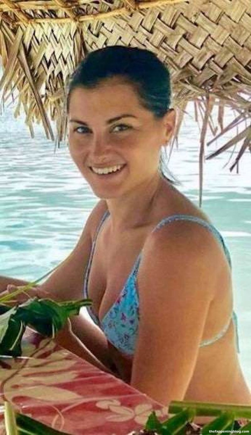 Megan Olivi Sexy (66 Photos) [Updated]