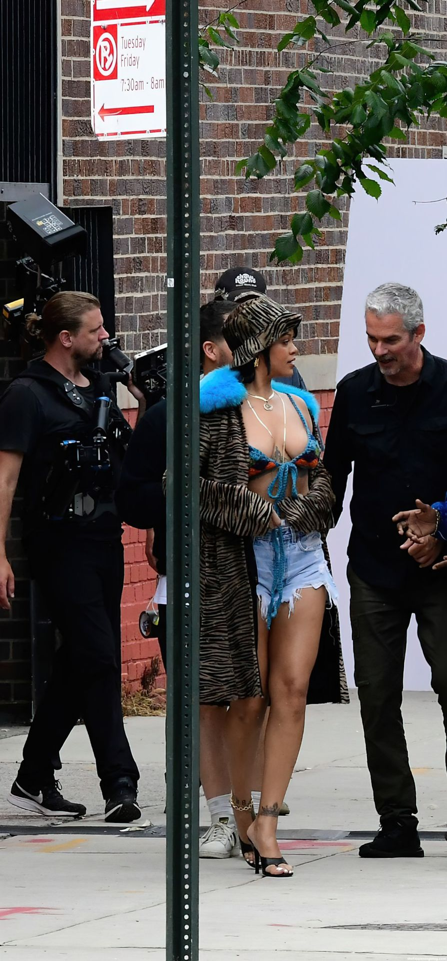 Leggy Rihanna is Spotted on The Set of a Project in The Bronx New York (89 Photos)