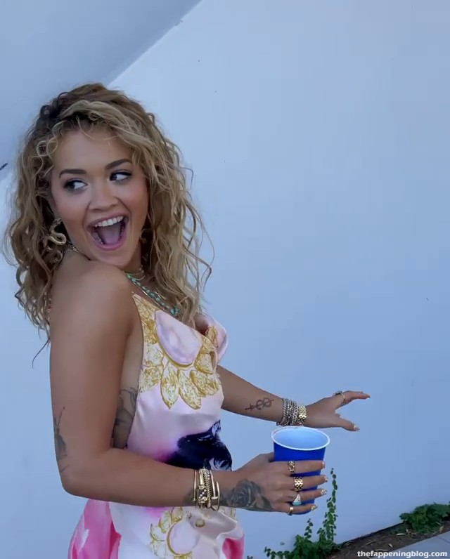 Rita Ora Flashes Her Nude Boob with a Big Nipple (18 Pics + Videos)