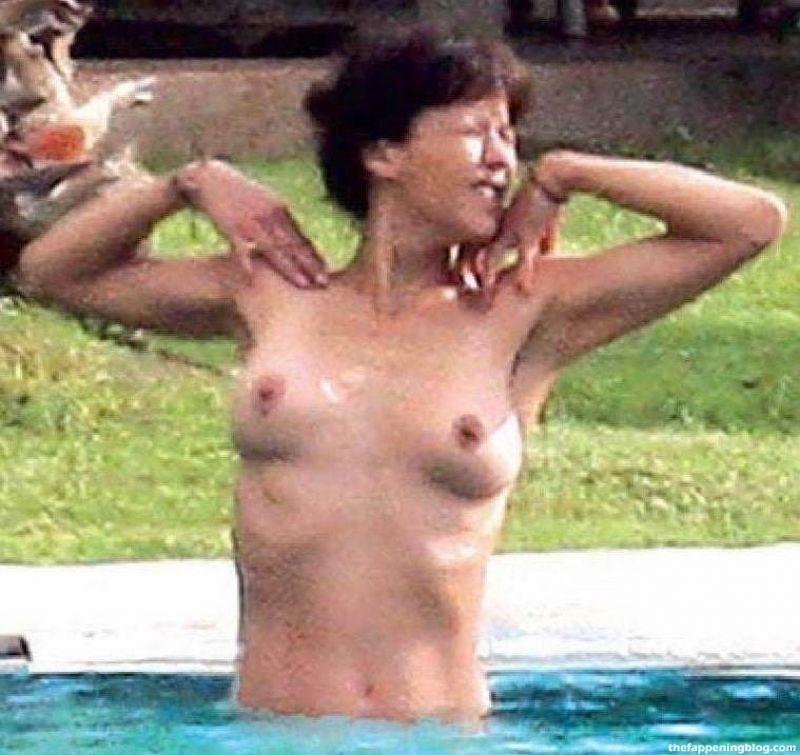 Sophie Marceau Nude Collection (40 Photos)