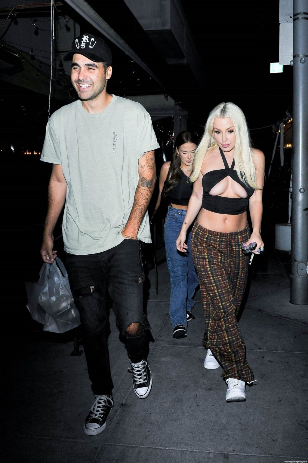 Busty Tana Mongeau and Her Good Friend Hunter Moreno Grab Dinner at Il Pastaio (45 Photos)