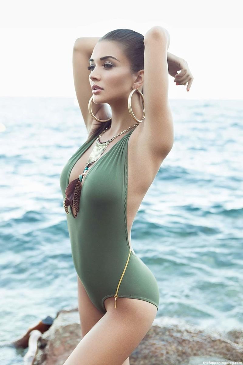 Amy Jackson Nude & Sexy Collection (43 Photos)