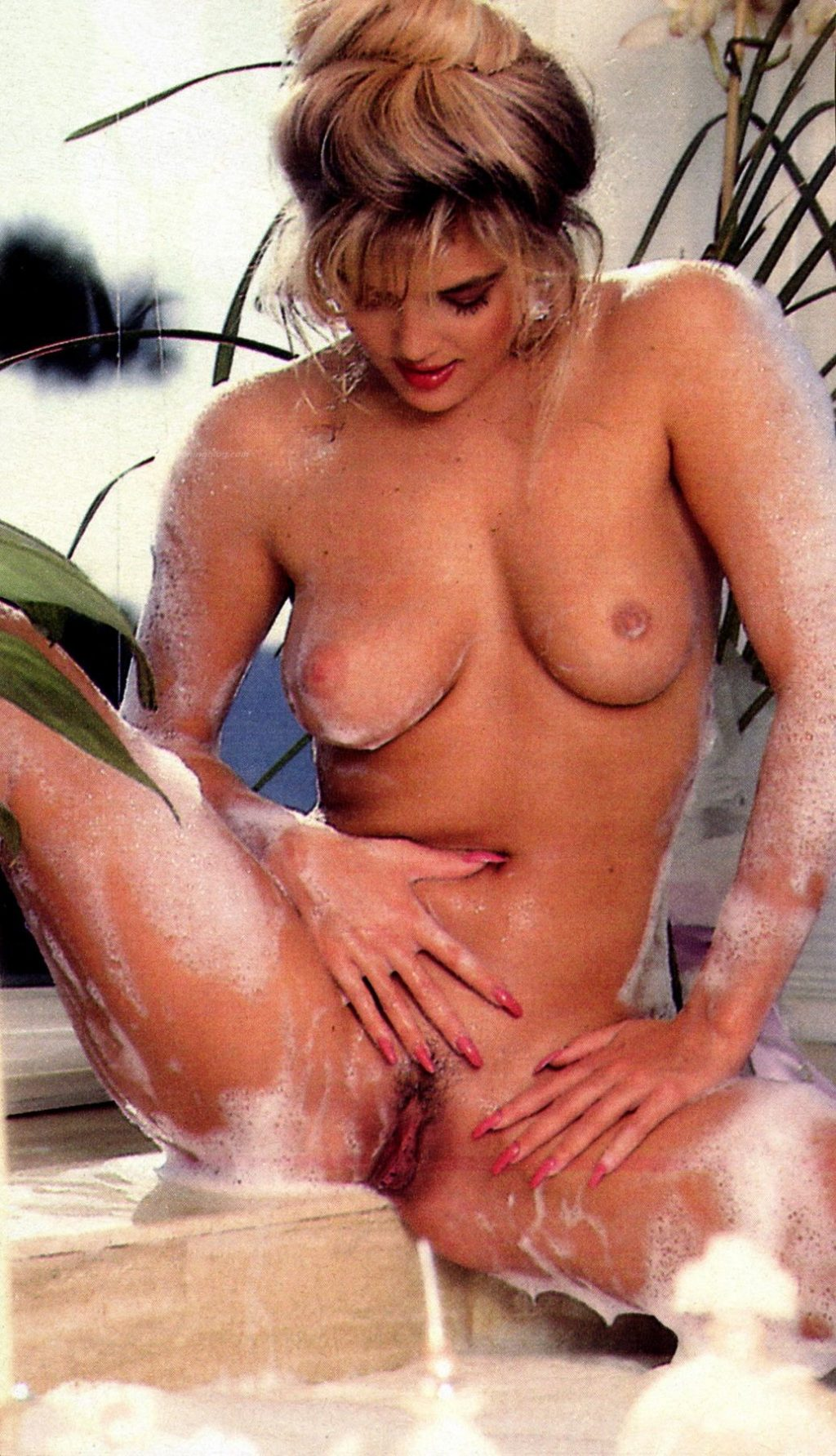 Brandy Ledford Nude & Sexy (58 Photos)