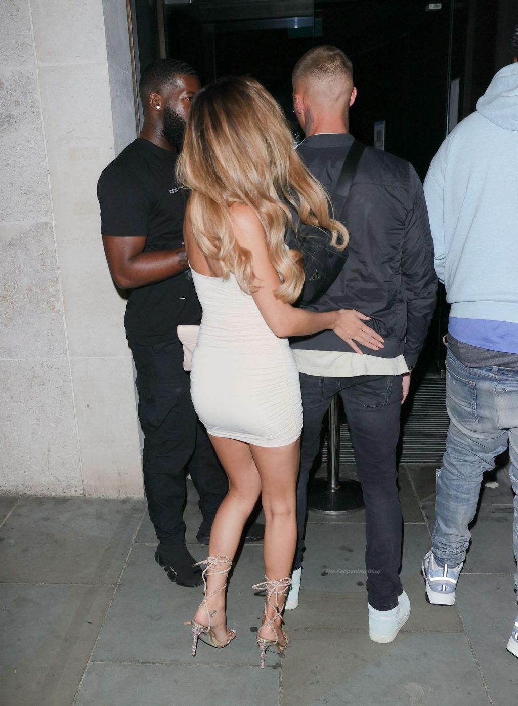 Leggy AJ Bunker is Seen Arriving at STK Restaurant in London (43 Photos)