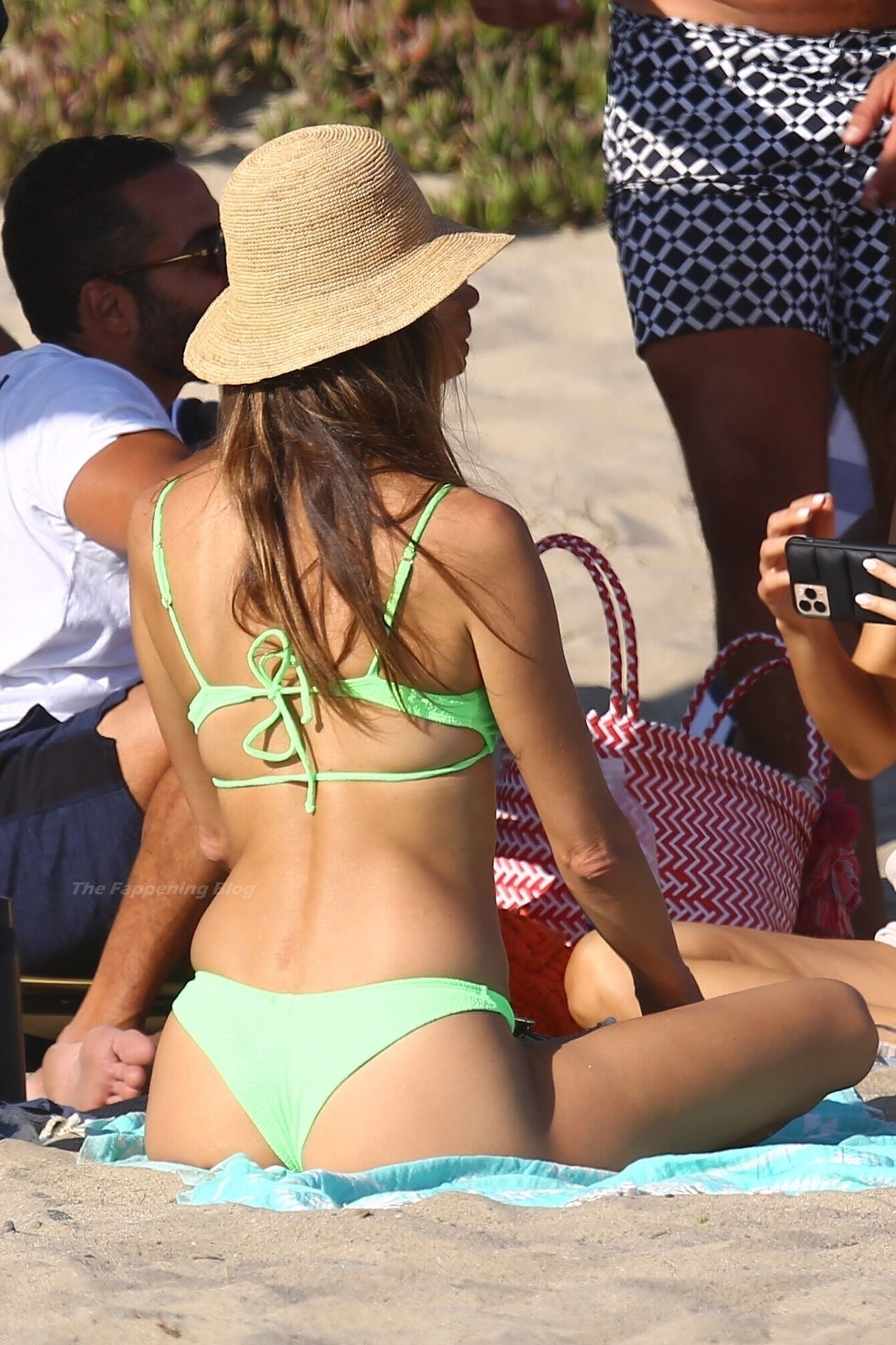 Alessandra-Ambrosio-Sexy-The-Fappening-Blog-1021.jpg