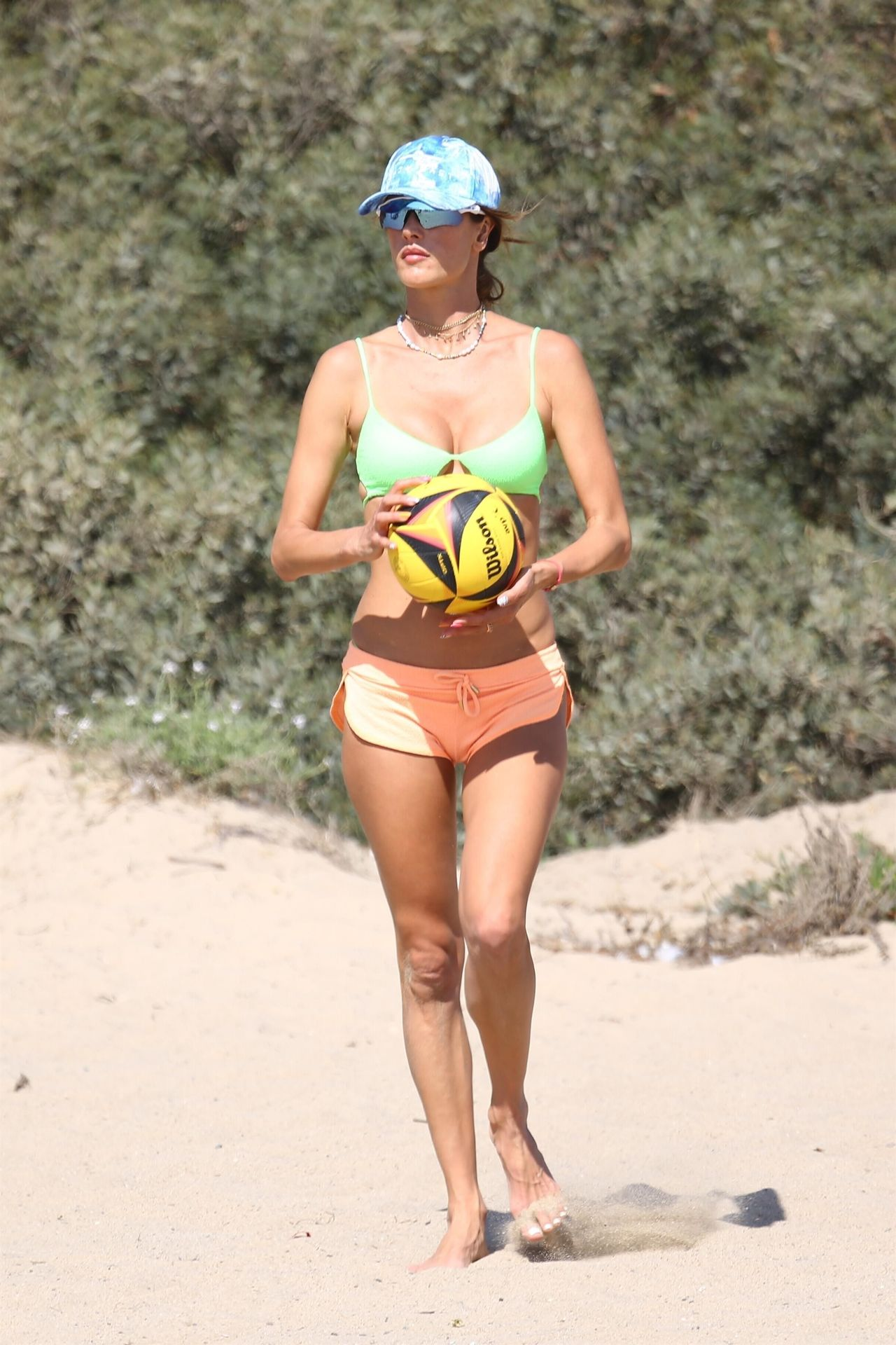 Alessandra-Ambrosio-Sexy-The-Fappening-Blog-181.jpg
