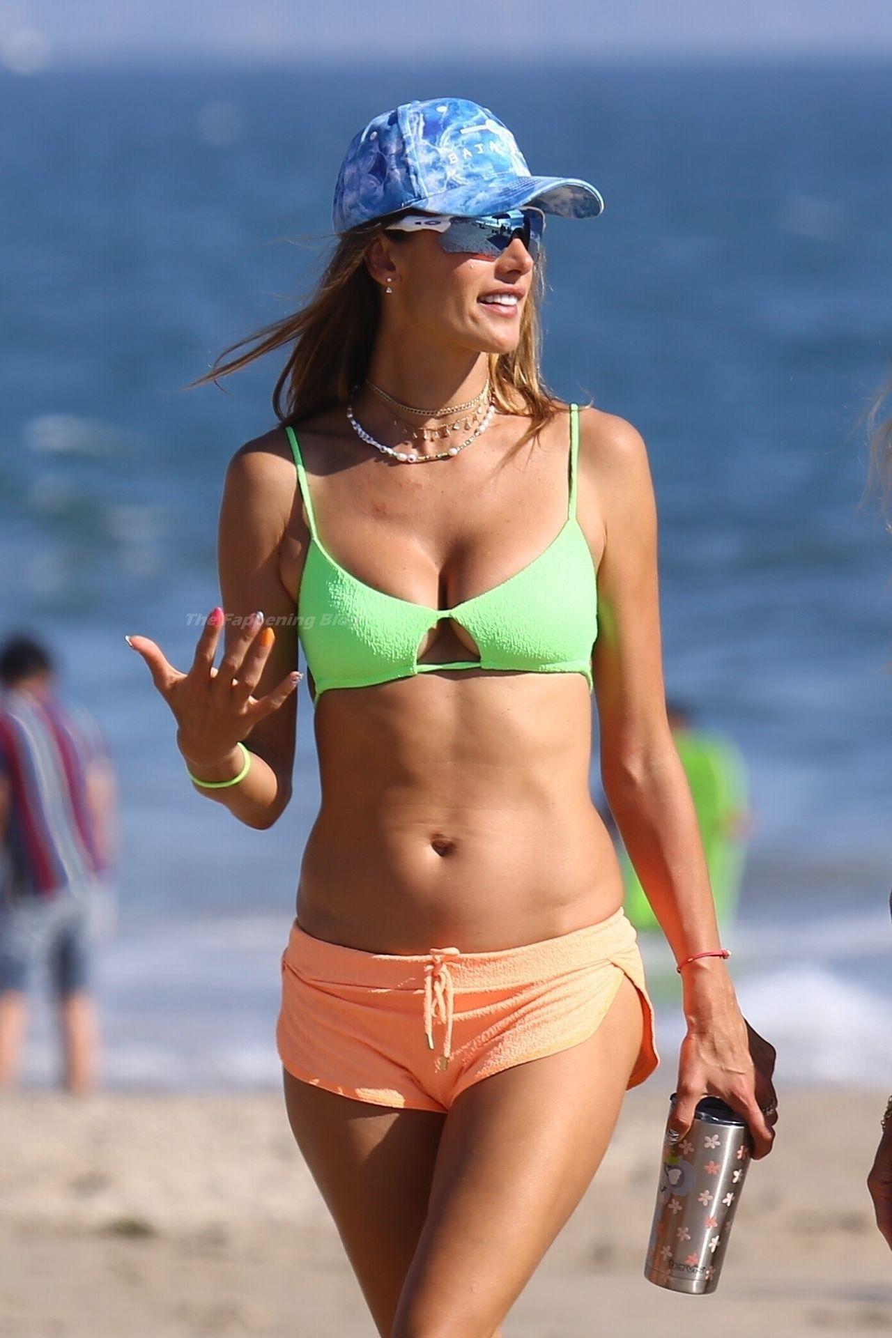 Alessandra-Ambrosio-Sexy-The-Fappening-Blog-641.jpg