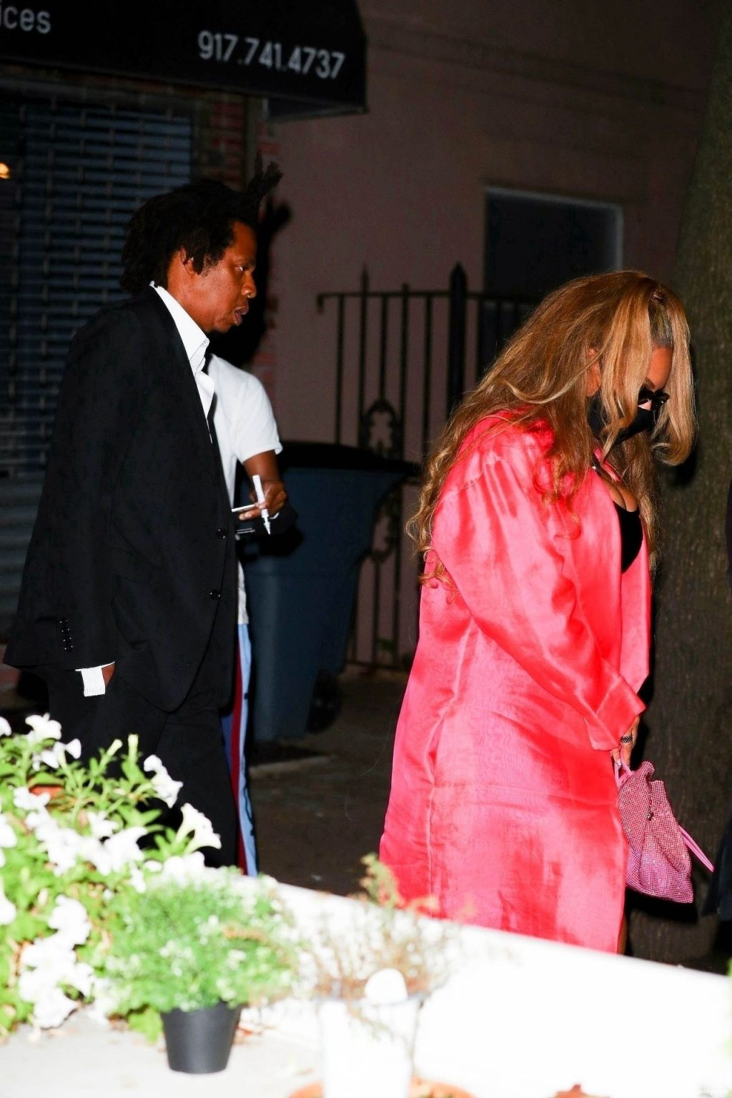 Beyonce & Jay Z Celebrate 40/40's 18th Anniversary in NYC Amid Backlash Over 'Blood Diamond' (22 Photos)