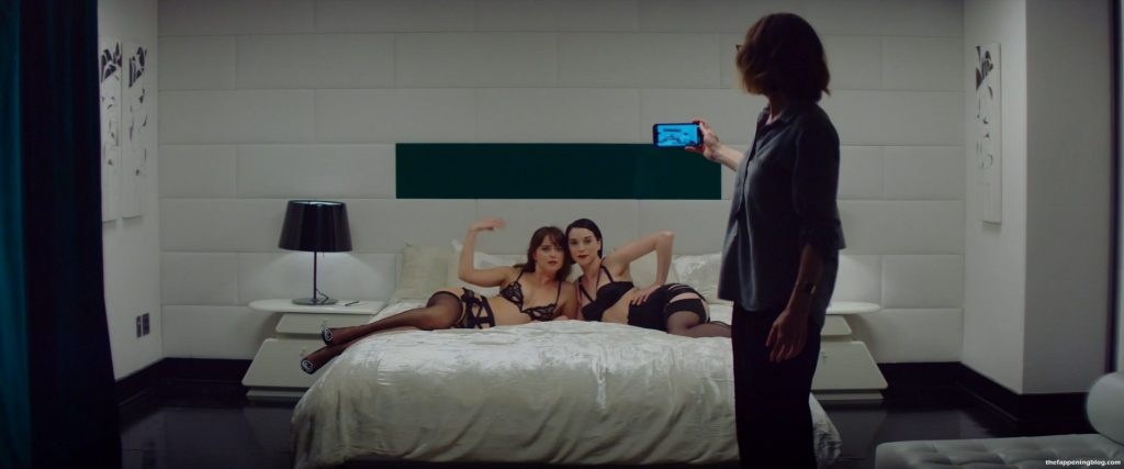 Dakota Johnson & St. Vincent Sexy – The Nowhere Inn (10 Pics + Video)