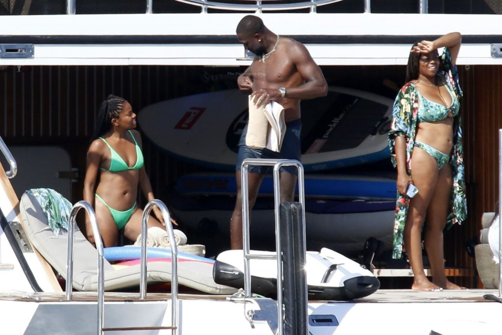 Gabrielle Union & Dwyane Wade Pack on the PDA on a Yacht in Sardinia (61 Photos)