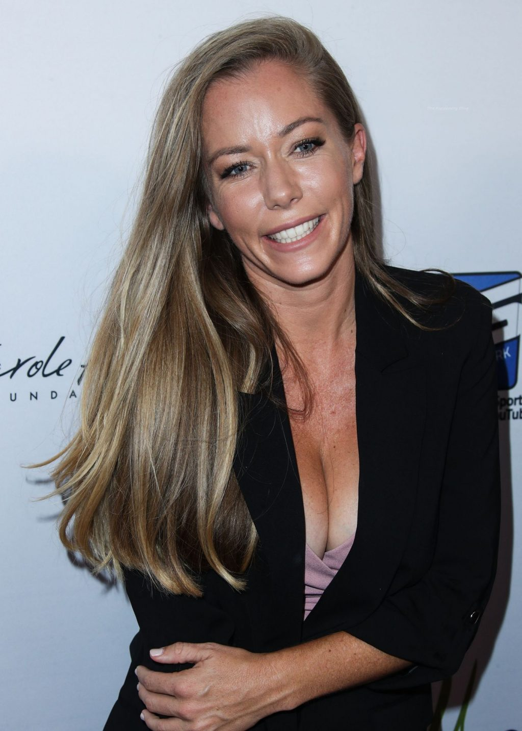 Kendra Wilkinson Shows Off Her Cleavage at the 21st Annual Harold and Carole Pump Foundation Gala (26 Photos)