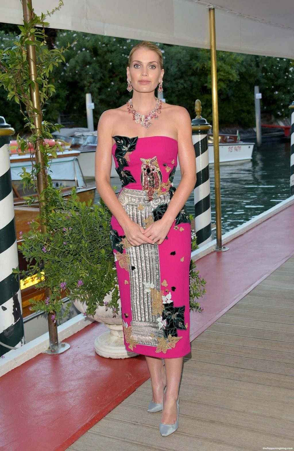 Kitty Spencer is Seen at the Dolce & Gabbana Event in Venice (14 Photos)