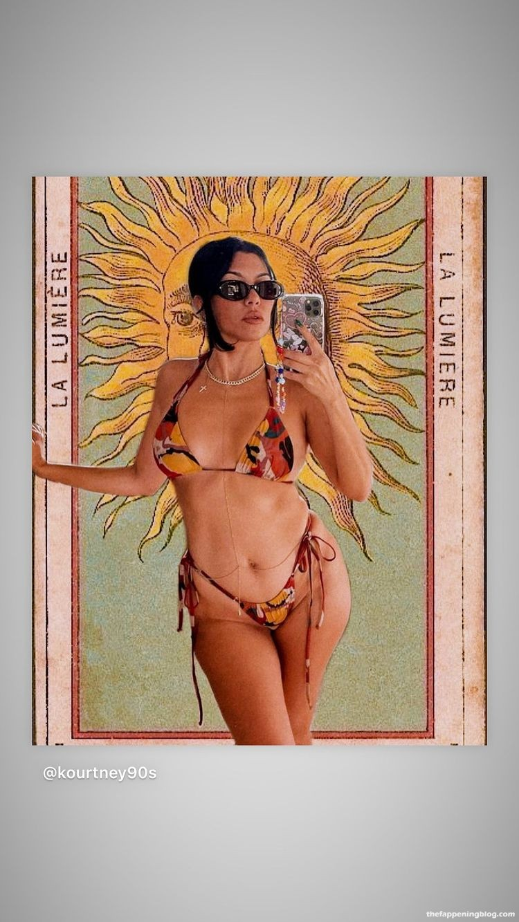 Kourtney Kardashian Flaunts Her Tits (10 Photos)