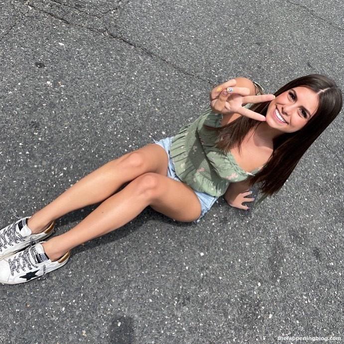 Madisyn Shipman Sexy Collection (20 Photos + Videos)