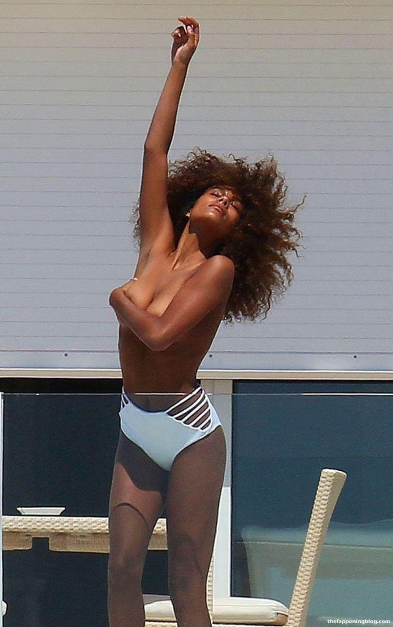 Tina Kunakey Nude & Sexy Collection (39 Photos)
