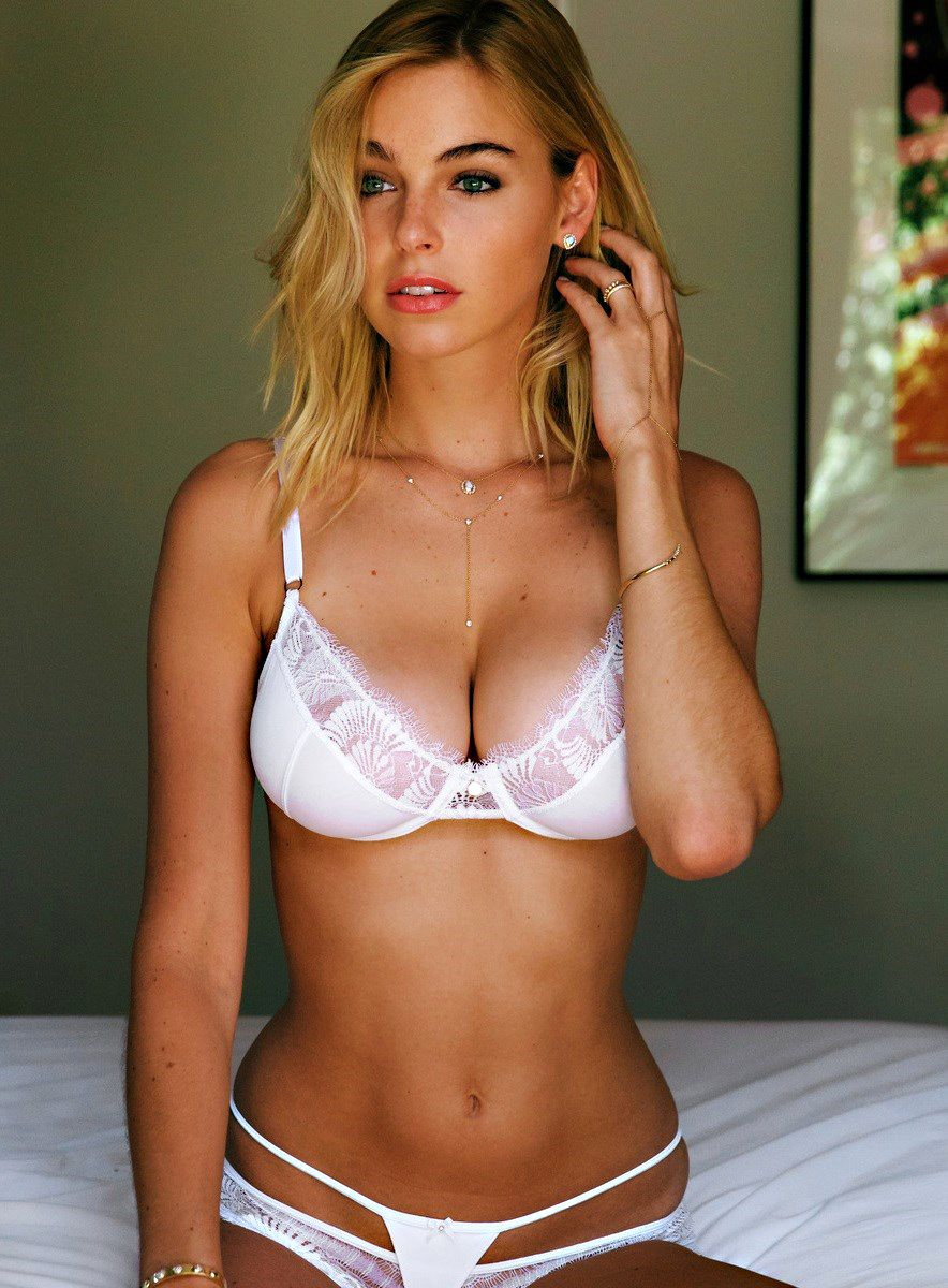 Elizabeth Turner Nude LEAKED The Fappening & Sexy (154 Photos + Possible Porn Video)
