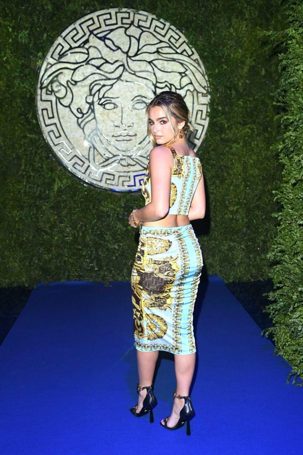 Addison Rae Looks Gorgeous at the Versace Fashion Show in Milan (47 Photos)