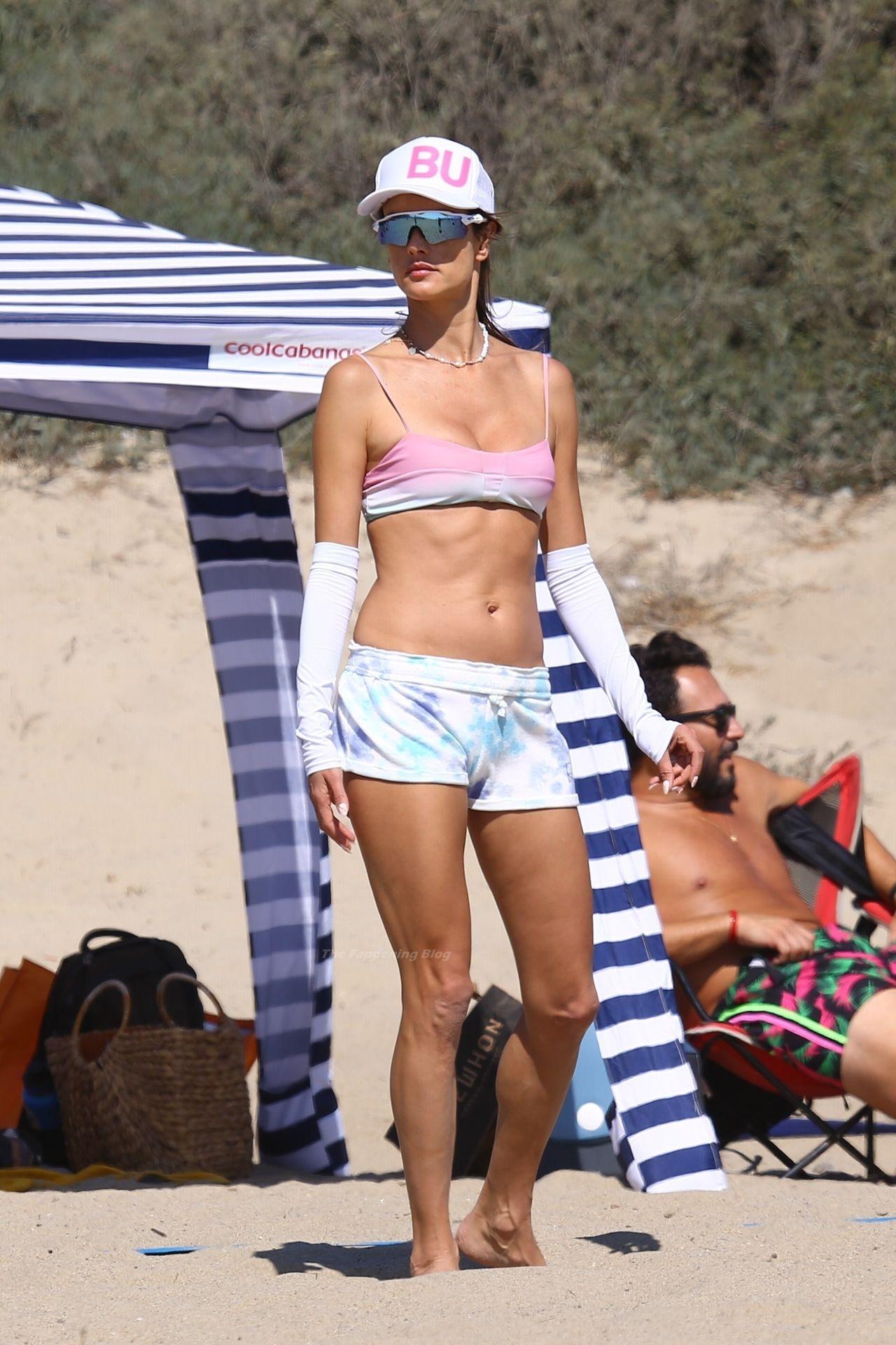 Alessandra-Ambrosio-Sexy-The-Fappening-Blog-18-1.jpg