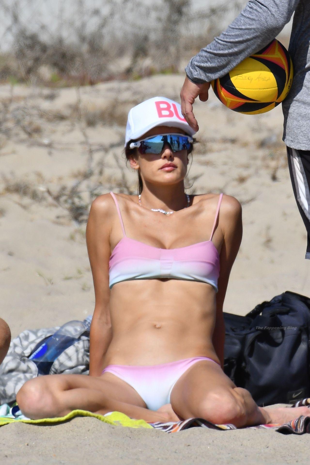 Alessandra-Ambrosio-Sexy-The-Fappening-Blog-90.jpg