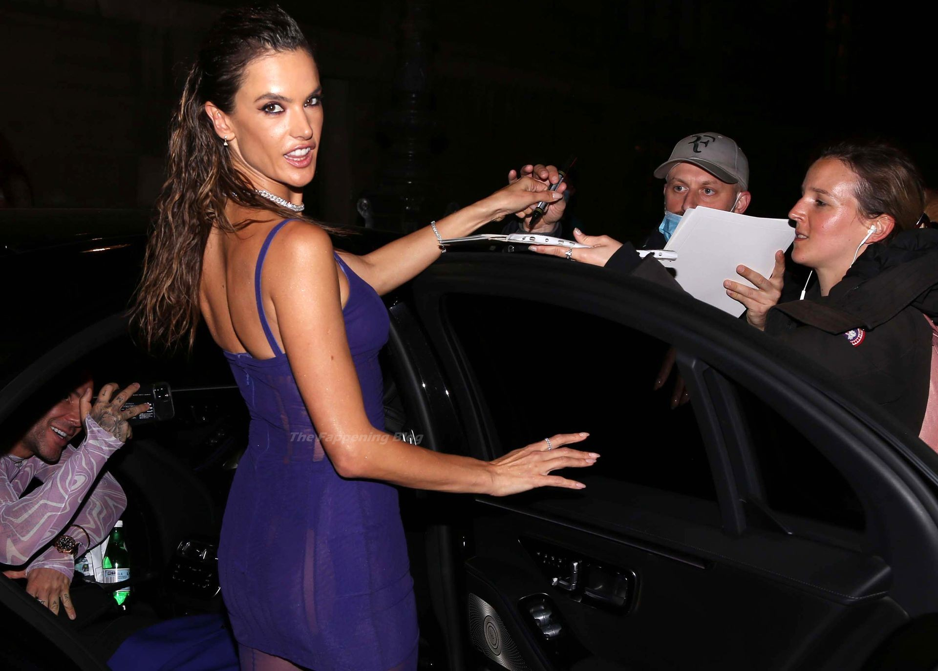 Alessandra-Ambrosio-Sexy-The-Fappening-Blog-98-1.jpg