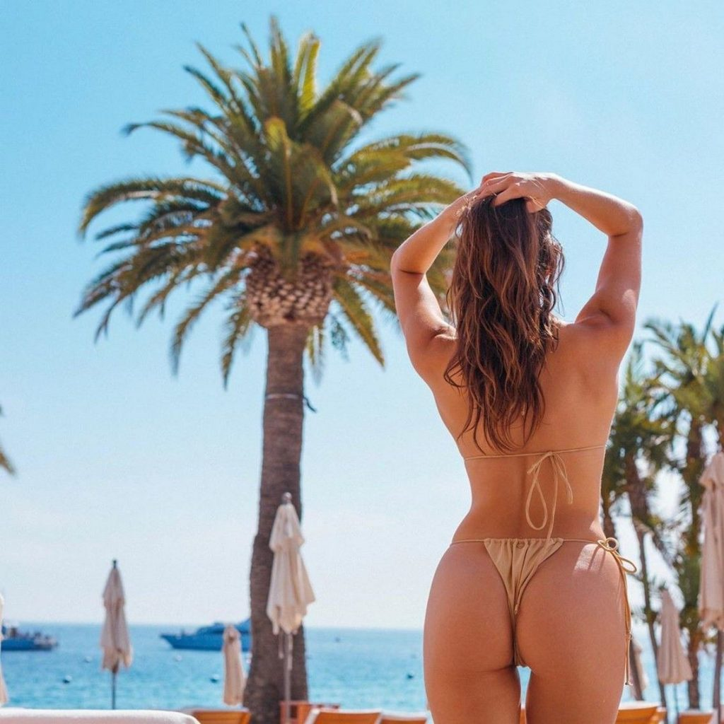 Celine Farach Nude & Sexy Collection (71 Photos)