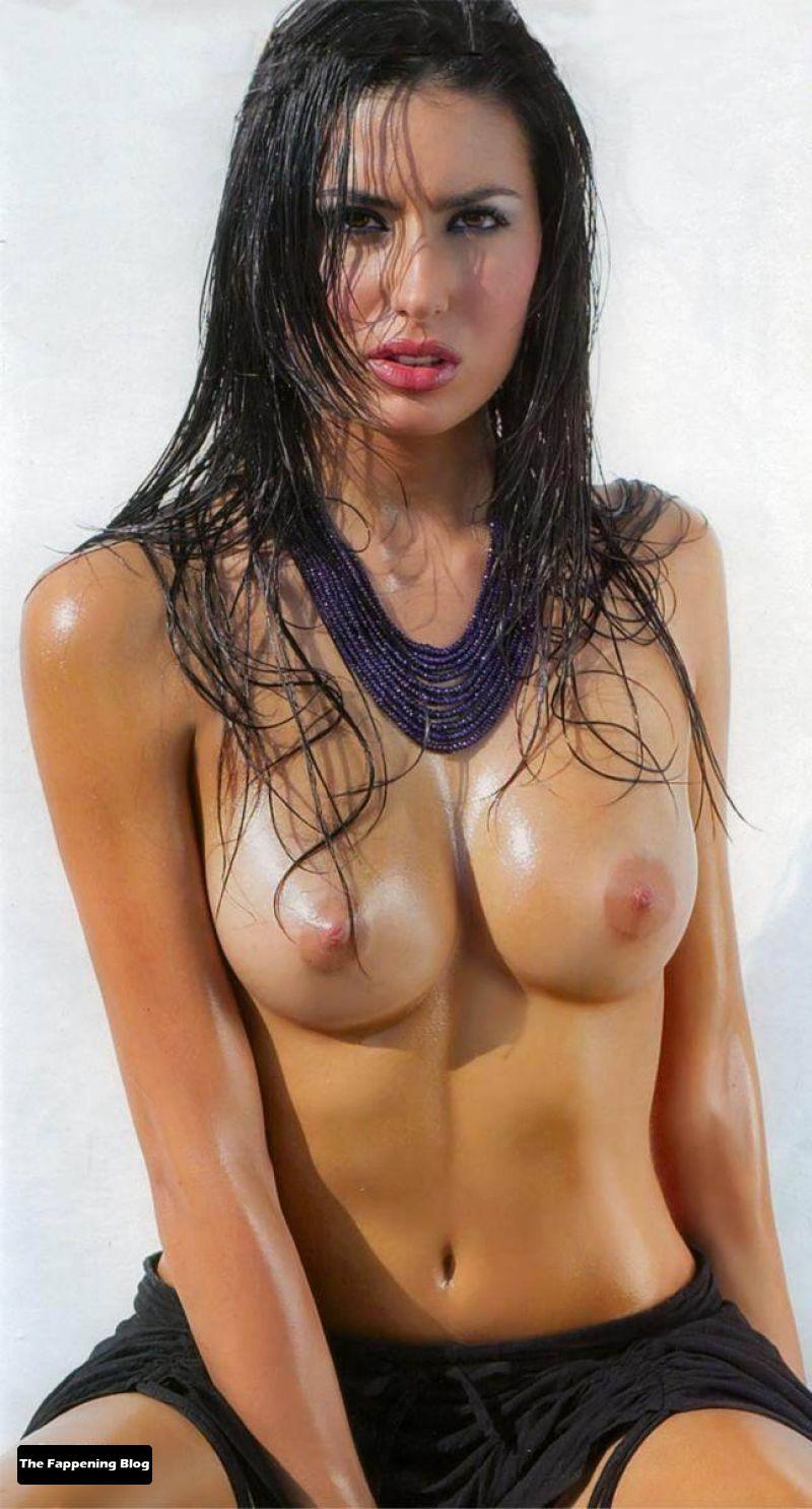 Elisabetta Gregoraci Nude Collection (51 Photos)