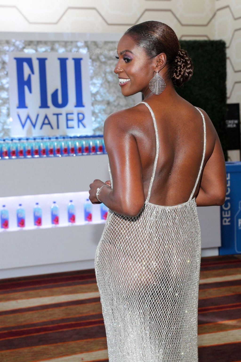 Issa Rae Displays Nice Cleavage at the 73rd Primetime Emmy Awards in Los Angeles (24 Photos)