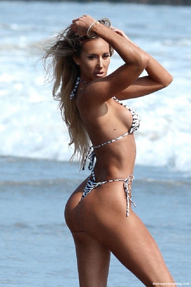 Khloe Terae & Jeni Summers Show Off Their Sexy Bikini Bodies on the Beach in Malibu (45 Photos)