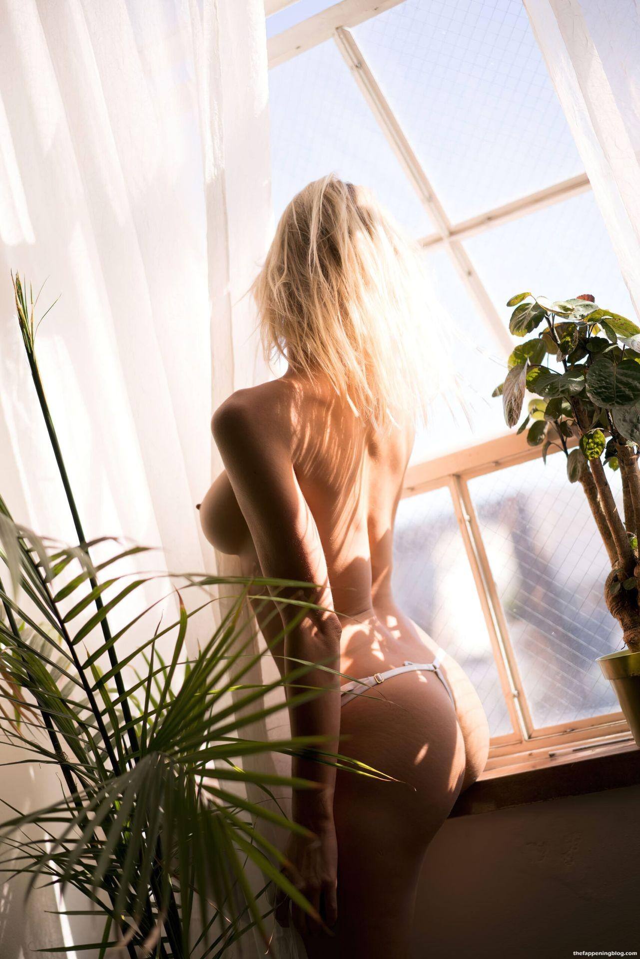 Joy-Corrigan-Naked-Tits-and-Ass-14-scaled1-thefappeningblog.com_.jpg