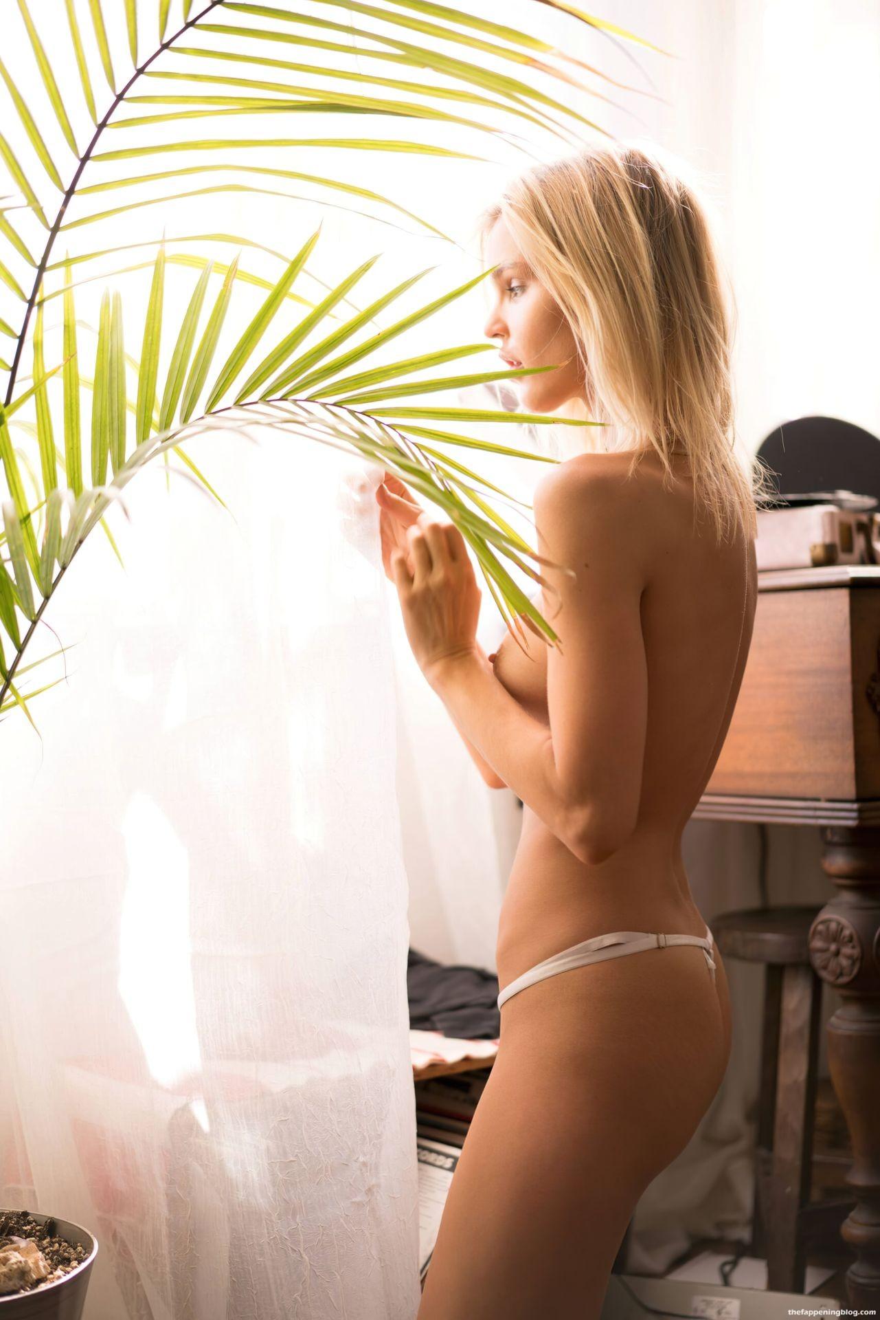 Joy-Corrigan-Naked-Tits-and-Ass-7-scaled1-thefappeningblog.com_.jpg