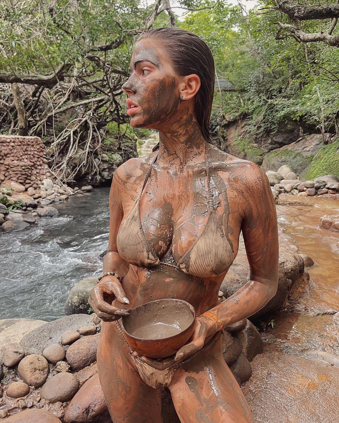 Kara-Del-Toro-Hot-6-thefappeningblog.com_.jpg