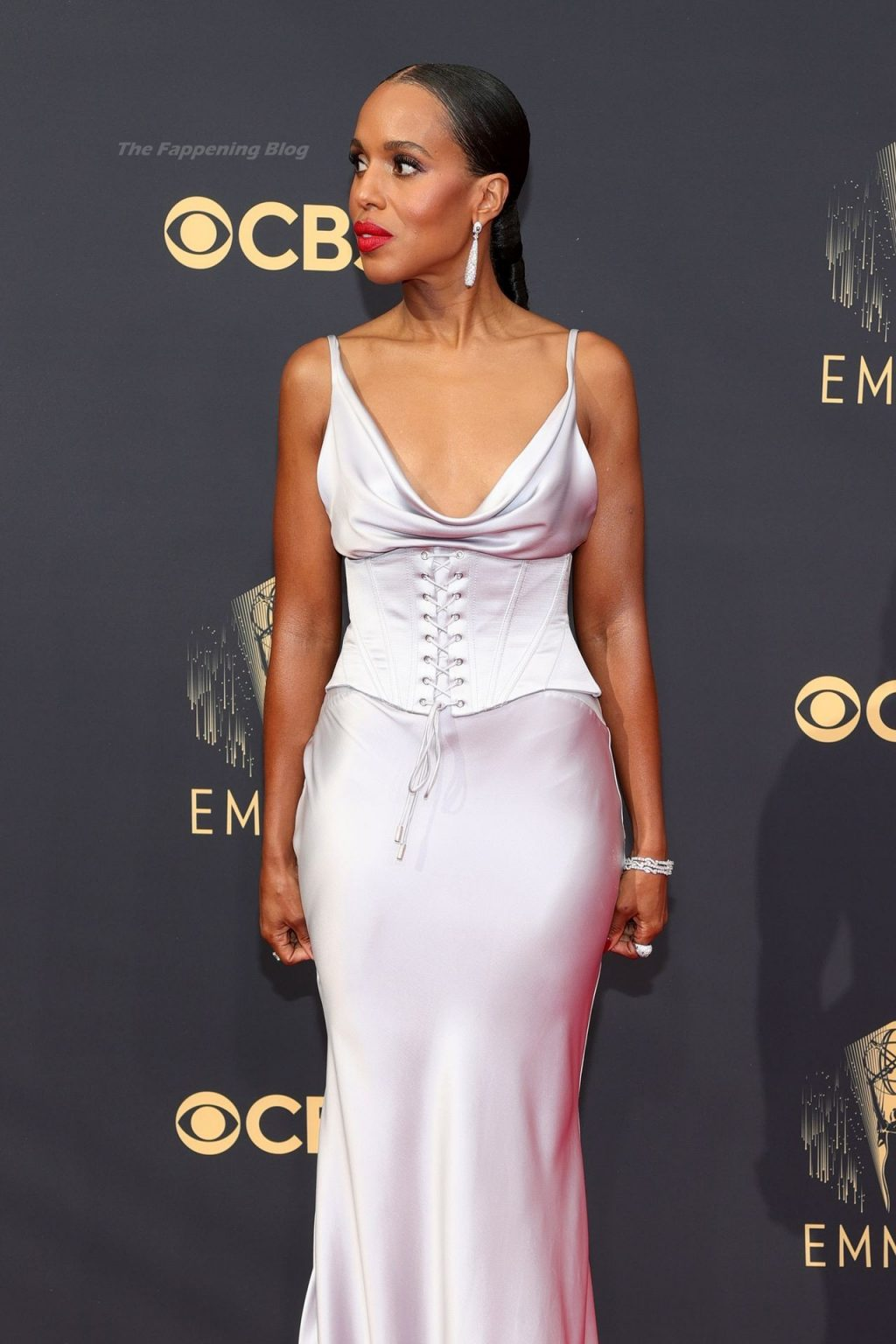 Kerry Washington is Seen Braless at the 73rd Primetime Emmy Awards in Los Angeles (15 Photos)