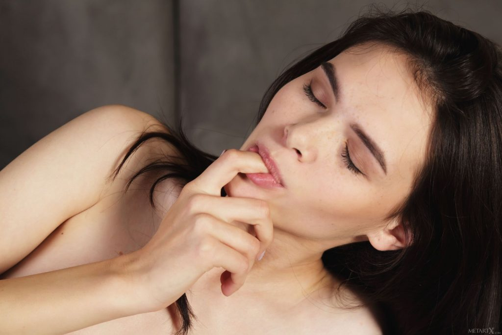 Kinsley Nude – Freckles (80 Photos)