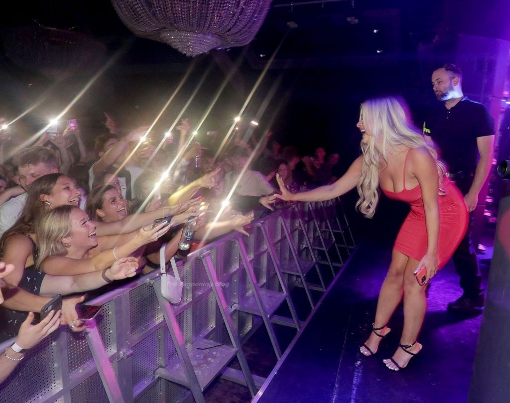 Liberty Poole Looks Hot in a Red Dress as She Visits Guildford's Casino Nightclub (34 Photos)