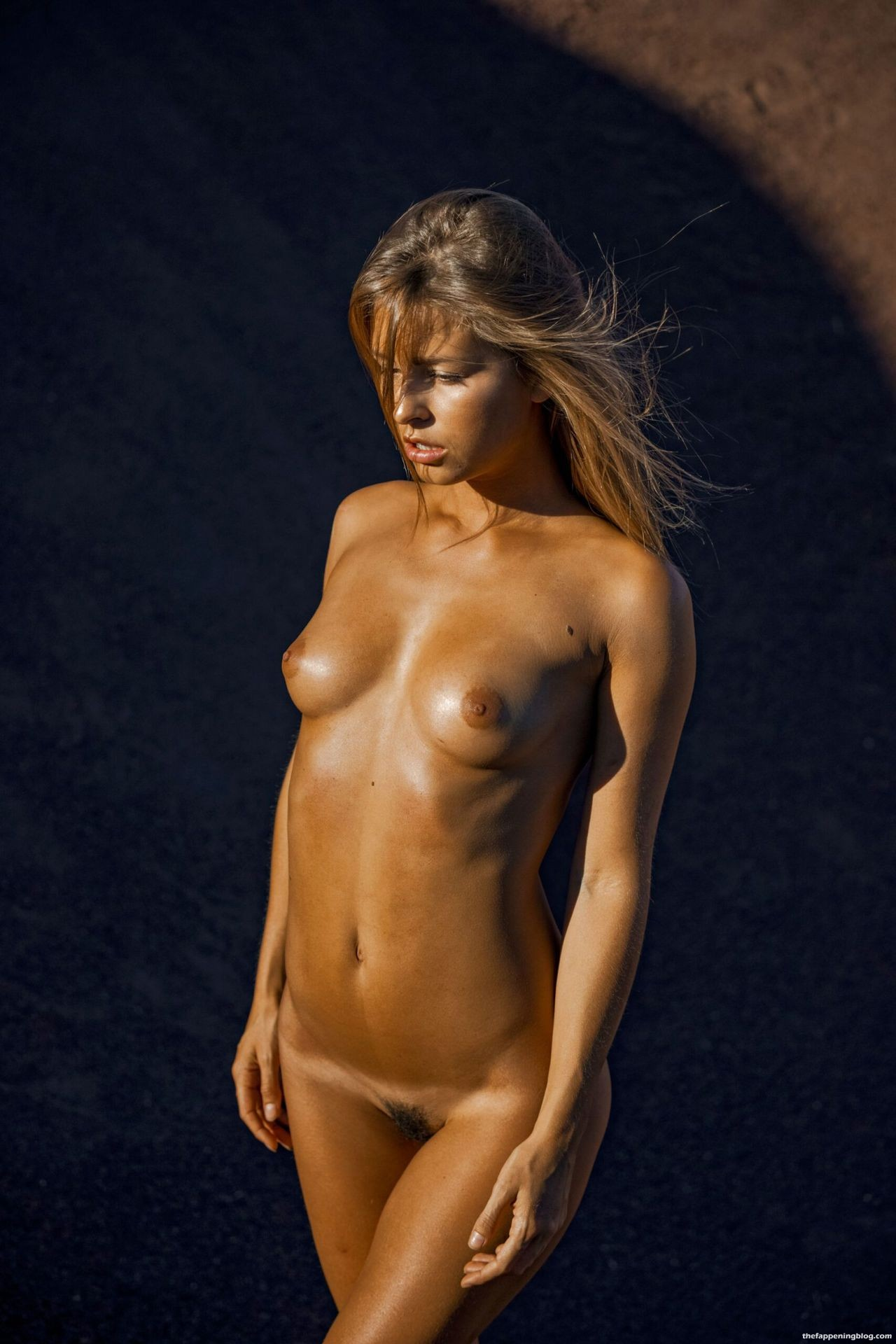 Marisa-Papen-Stunning-Naked-Body-32-1-scaled1-thefappeningblog.com_.jpg