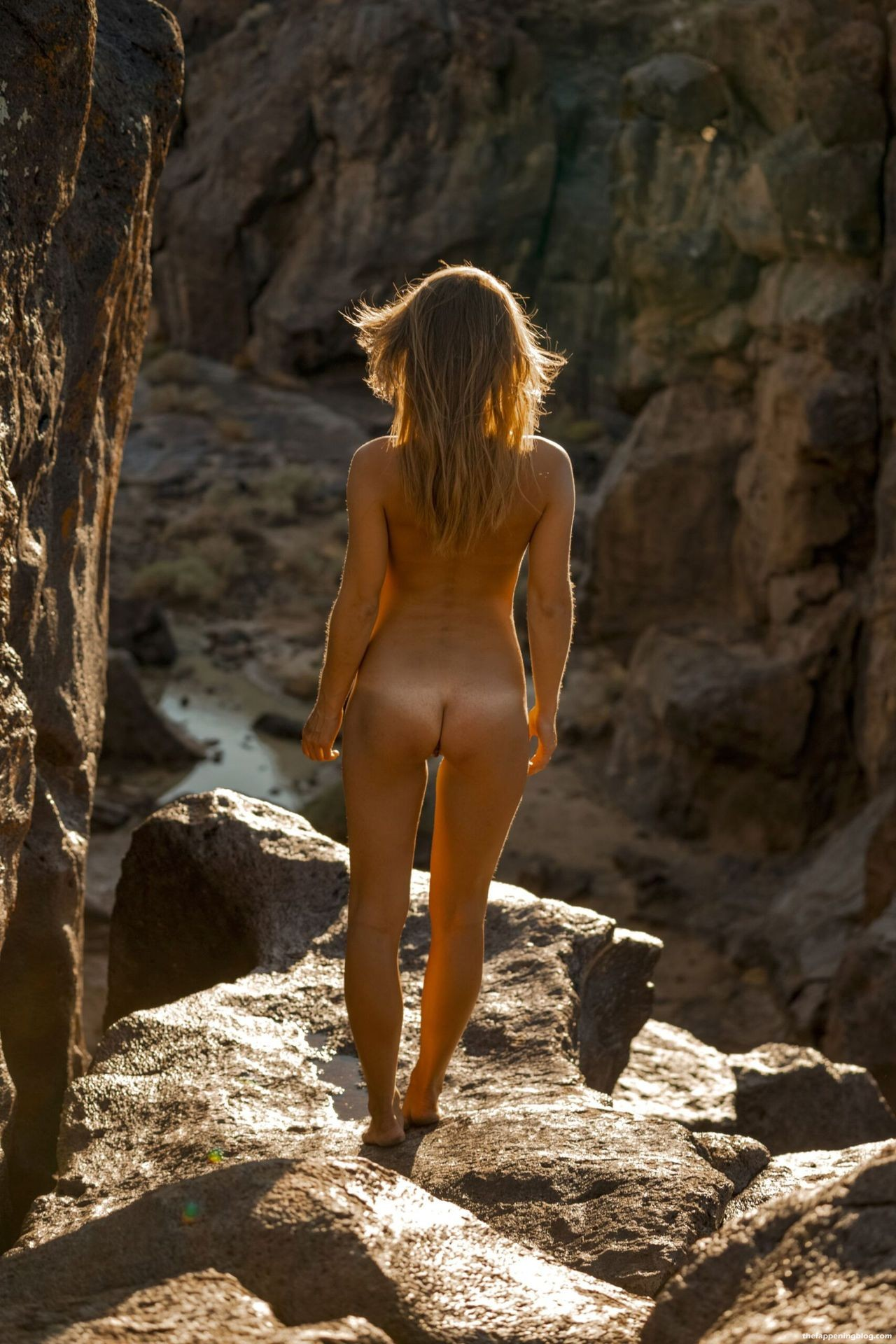 Marisa-Papen-Stunning-Naked-Body-39-scaled1-thefappeningblog.com_.jpg