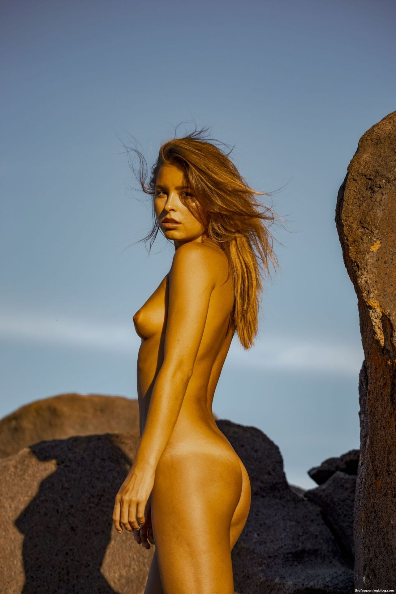 Marisa-Papen-Stunning-Naked-Body-41-scaled1-thefappeningblog.com_.jpg