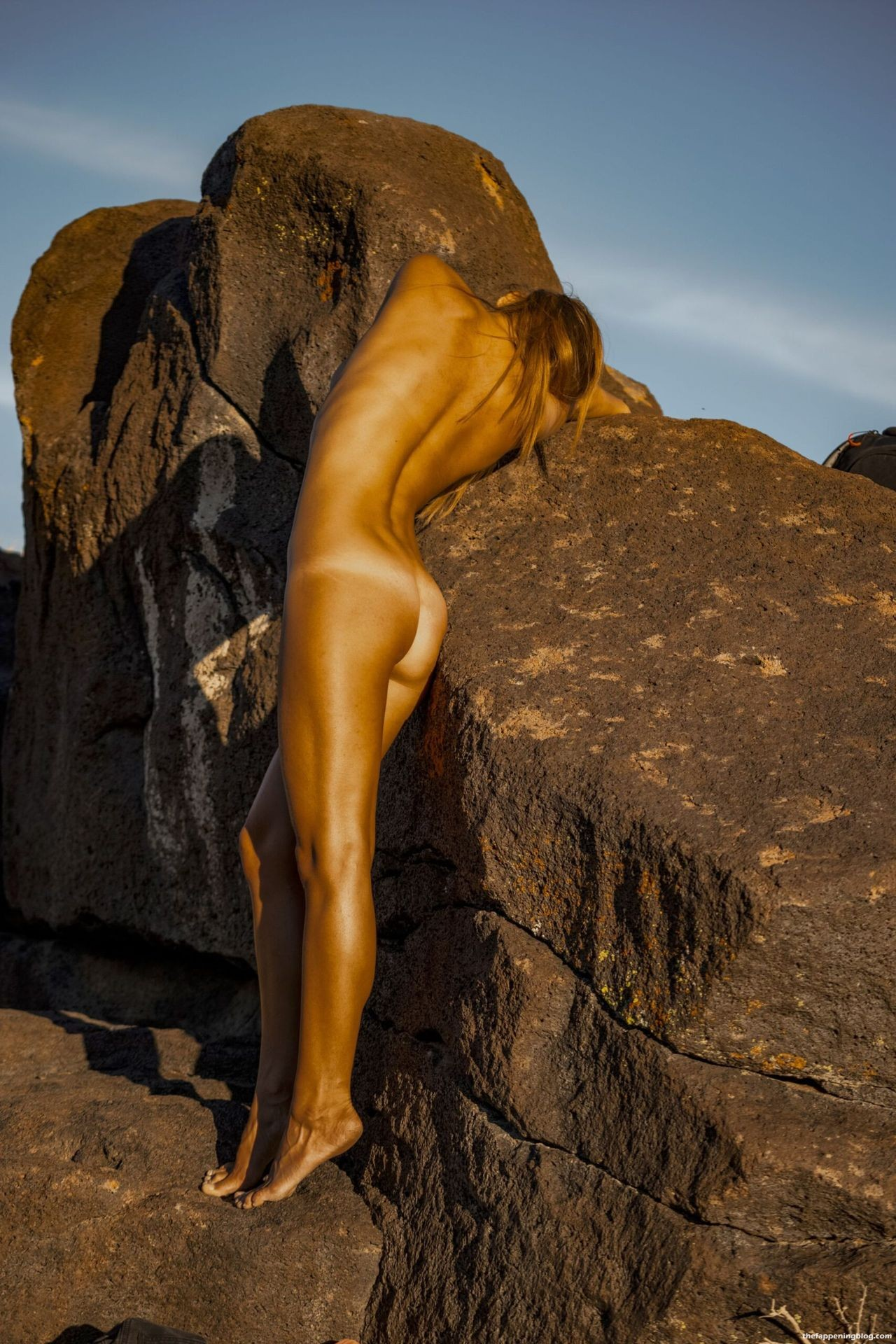 Marisa-Papen-Stunning-Naked-Body-43-scaled1-thefappeningblog.com_.jpg