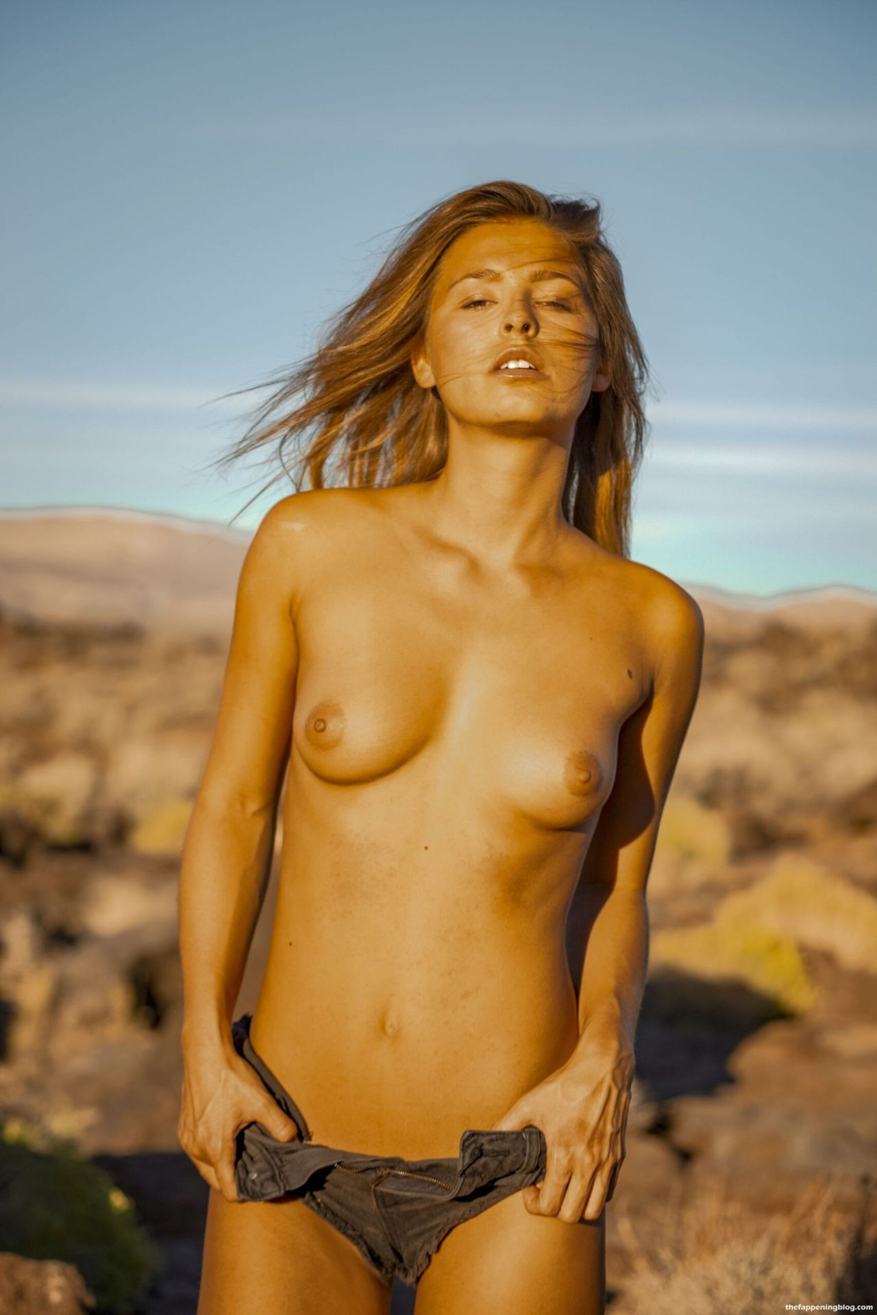 Marisa-Papen-Stunning-Naked-Body-44-scaled1-thefappeningblog.com_.jpg