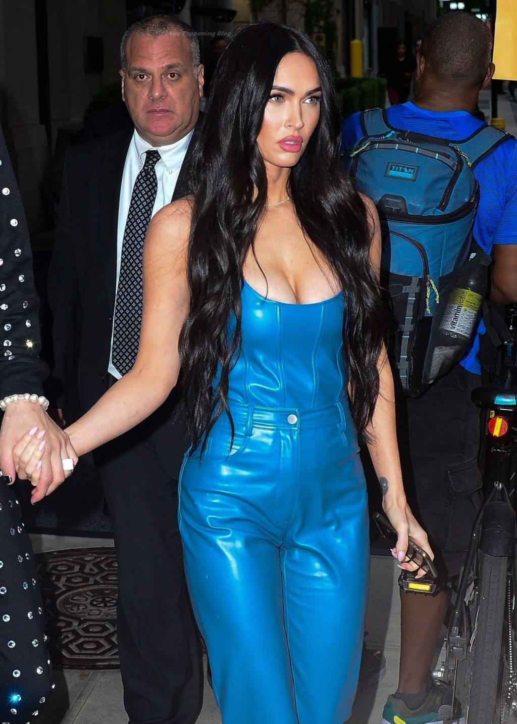 Megan Fox & Machine Gun Kelly Hold Hands Heading Out in the Big Apple (7 Photos)