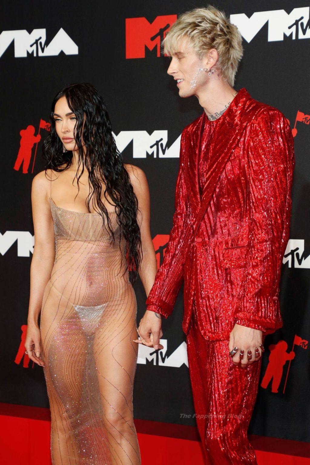 Megan Fox Looks Hot at the 2021 MTV Video Music Awards (133 Photos)
