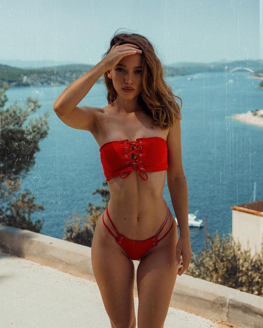 Miss Bo (Božana Abrlić) Sexy & Topless Collection (72 Photos + Video)