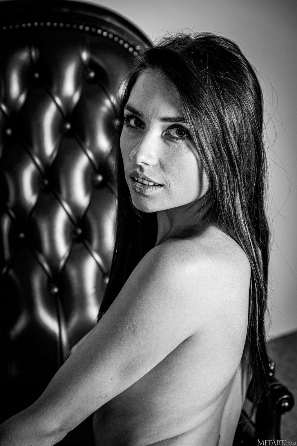 Niemira Nude – Titillate (154 Photos)