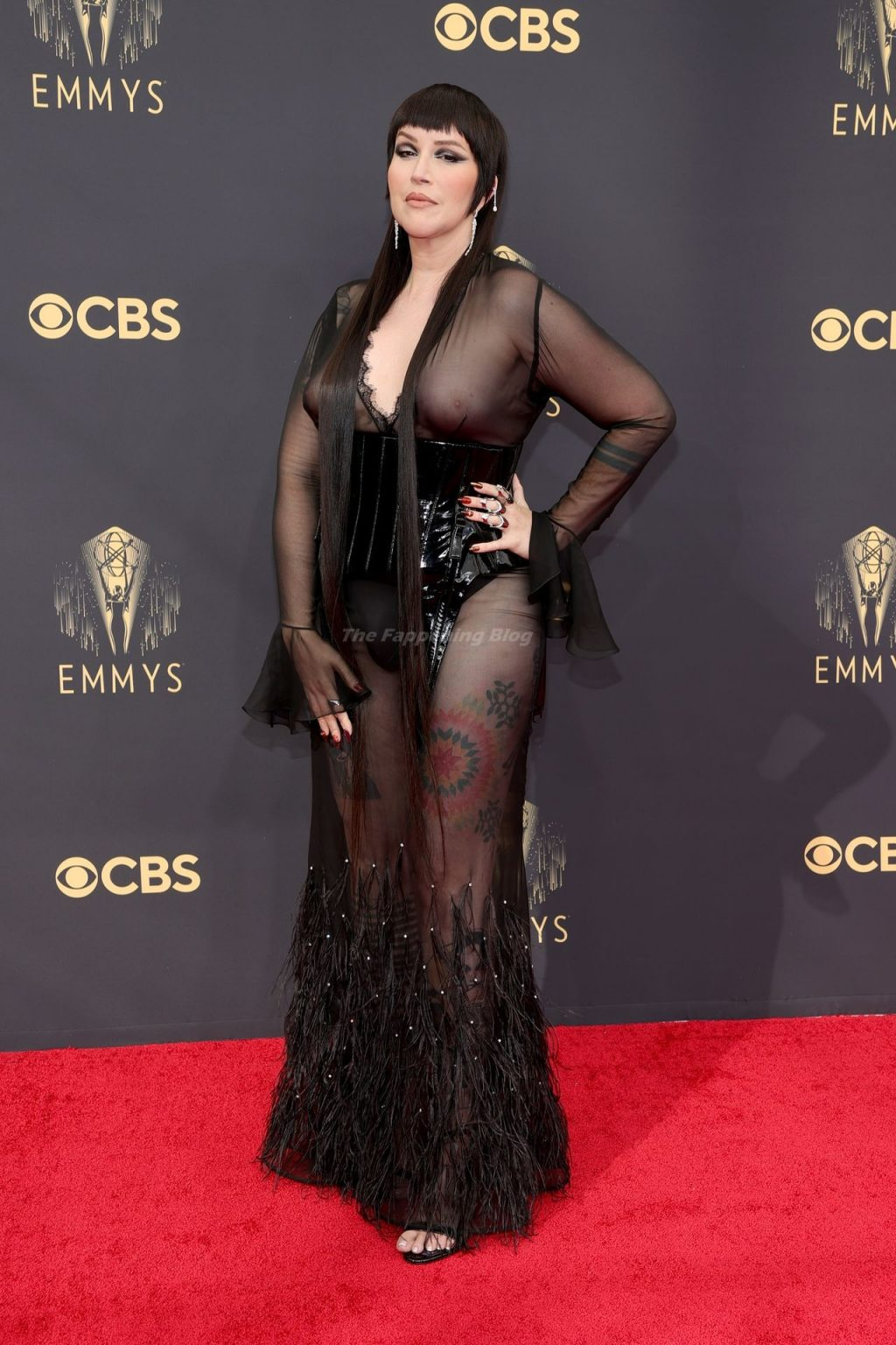 Our Lady J Shows Off Her Nude Tits at the 73rd Primetime Emmy Awards in Los Angeles (9 Photos)